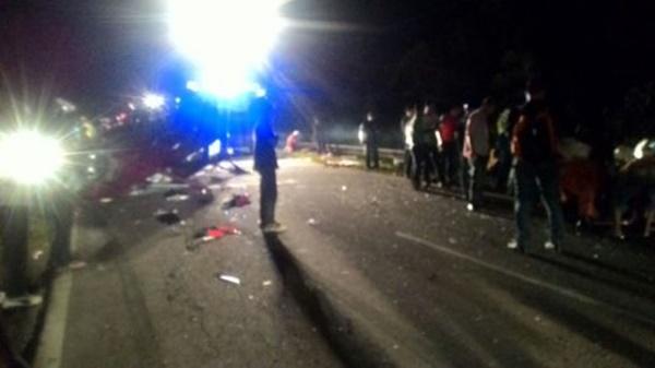Tragedi Berdarah Nahas 2 Kereta: 4 Sekeluarga Maut, 3 Parah