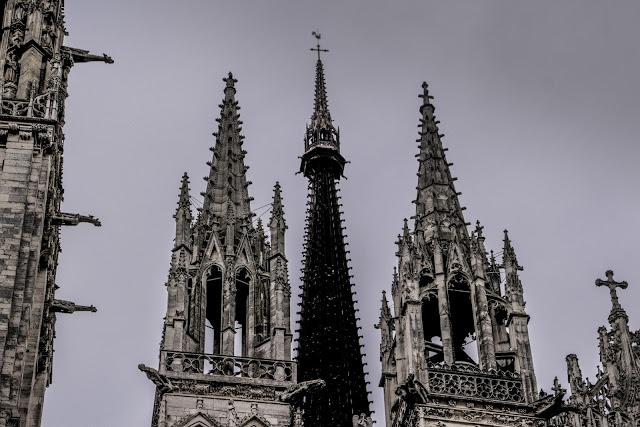 La ciudad de los cien campanarios