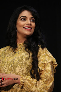 South Indian Actress Shweta Menon Stills at Inayathalam Audio Launch Stills  0005.jpg