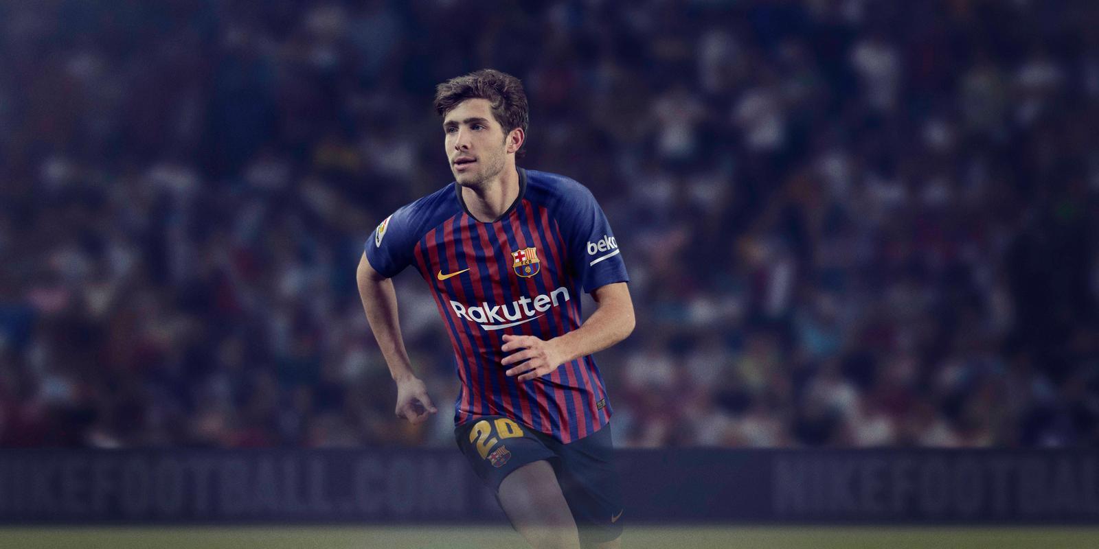 barcelona-18-19-home-kit-3.jpg