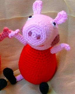 http://www.craftsy.com/pattern/crocheting/toy/peppa-pig-amigurumi/65927