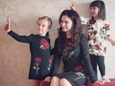 mamme e figlie vestite uguali cose che non sopporto degli altri blog polemica blogger blogger contro blogger polemica contro bambini fashion blogger mariafelicia magno fashion blogger italiana