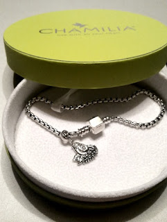 nested new mom chamilia charm on boxed chain bracelet