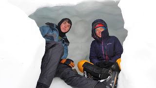 Snow-hole, Cairngorm winter mountaineering course, Aviemore