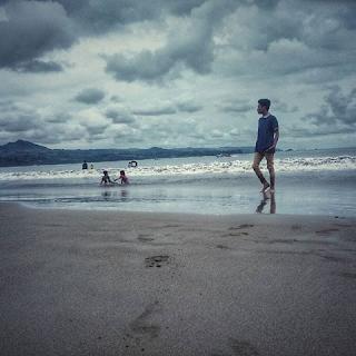 keindahan pantai Gemah
