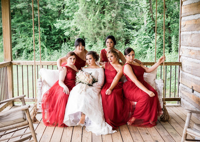 robe demoiselel d'honneur rouge bordeaux asymétrique