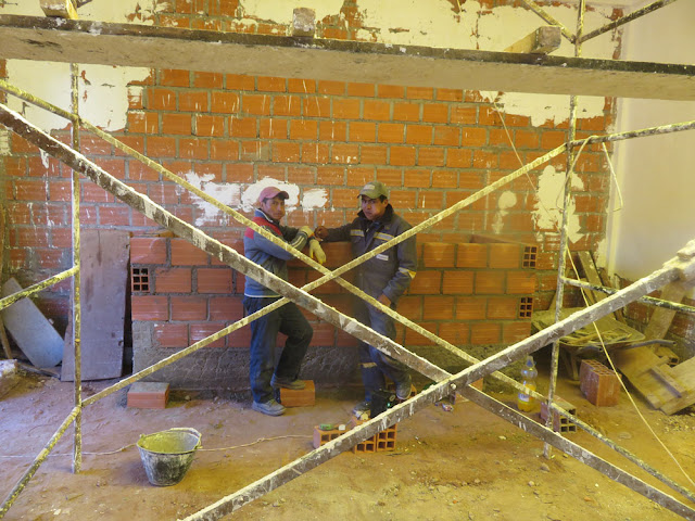 im Kapelleninnern kann trotz Kälte gearbeitet werden