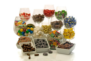 http://www.rainbowdesigns.com.au/products/sweet-celebration-hamper