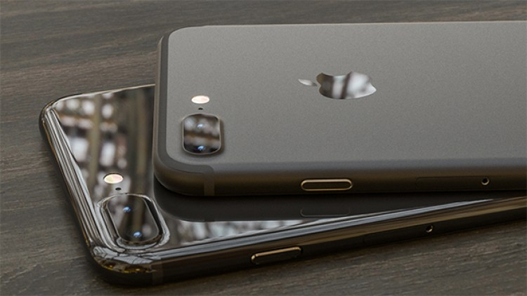 iphone 7 colors jet black. the black iphone 7 appears to be glossy variant we saw in previous leaks. it almost looks like glass but apple says it\u0027s usual slab of aluminum. iphone colors jet
