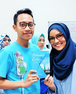 Blogger Eksis hadir dalam Workshop Menulis Dengan Cinta bersama Dini Fitria