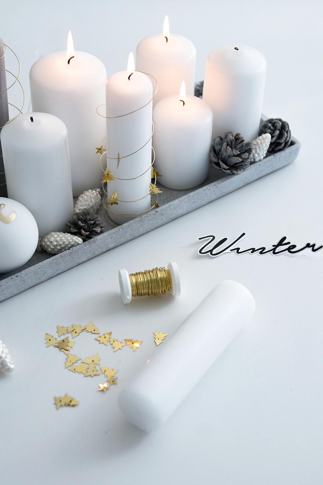 Last Minute Weihnachtsdeko: Kerzen im Drahtmantel