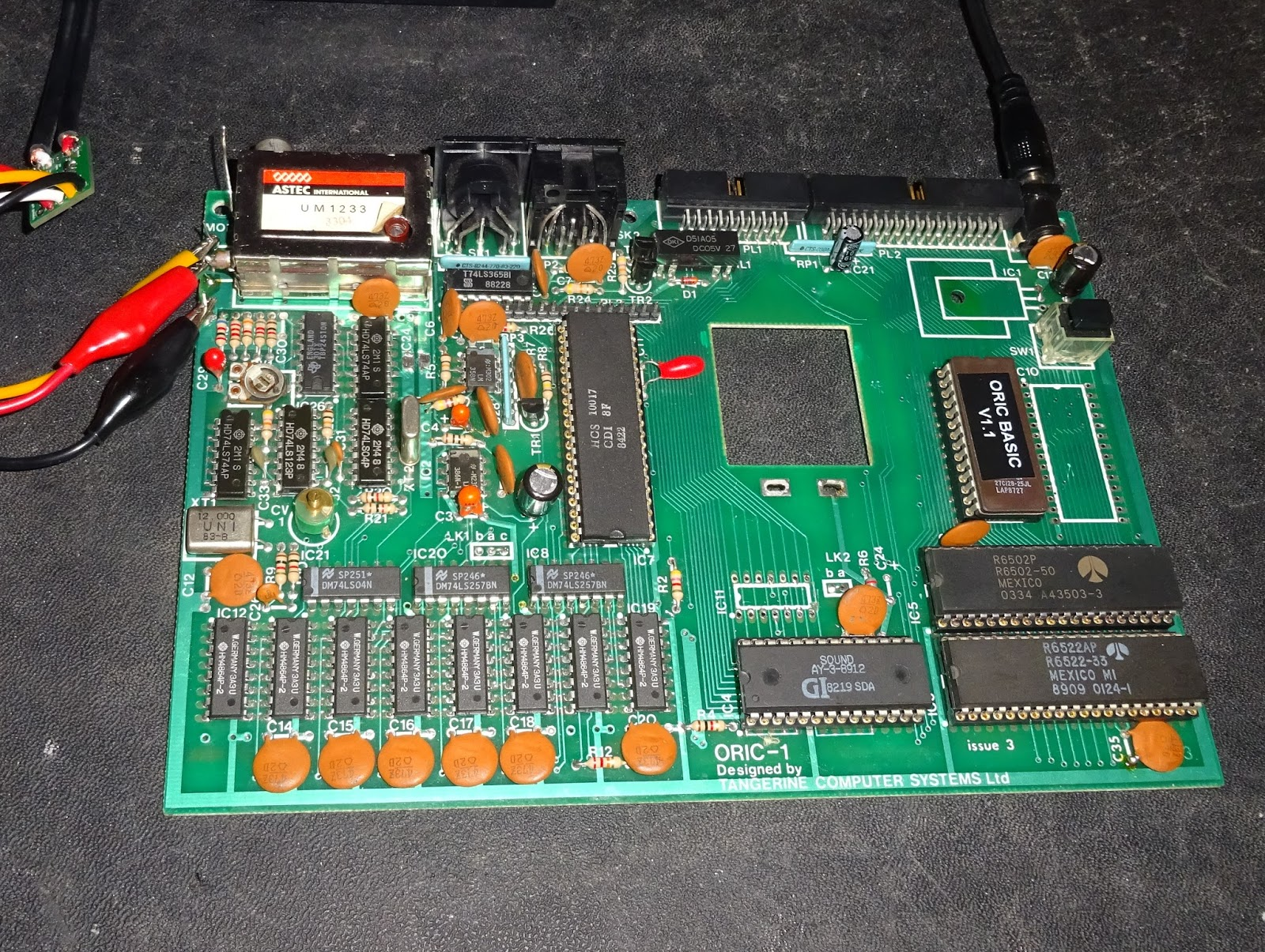 Tynemouth Software Oric 1 Repair Part Reset Circuitry 555 Fast Timer The Clock Was Also Fine 1mhz Into And Out Of 6502 Pulse Didnt Seem To Be There It Going High Too Cpu Not Resetting