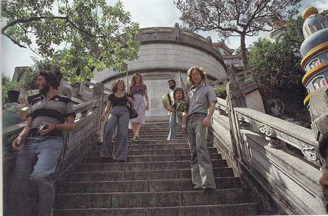 Rare Photographs Of Sean And John Lennon In Hong Kong In