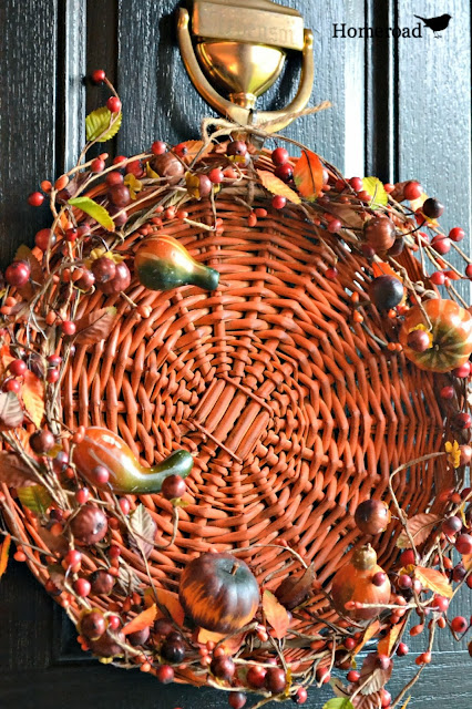 fall front door wreath www.homeroad.net