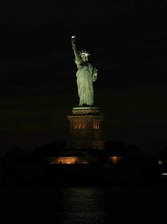 Statue of Liberty by night | New York City