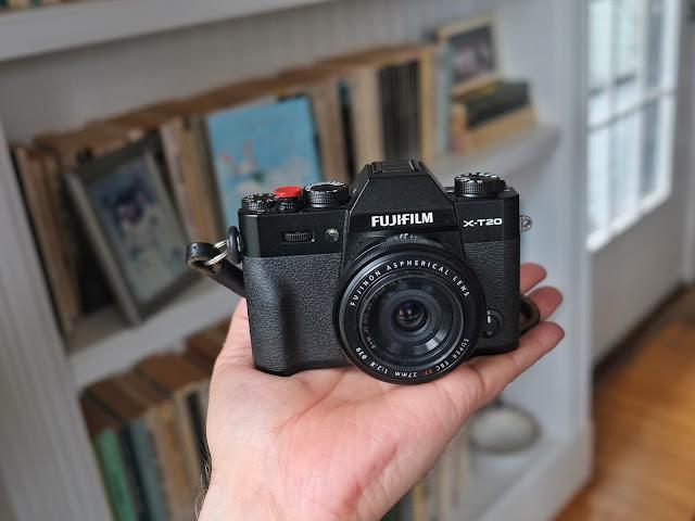 Fujifilm X-T20 size