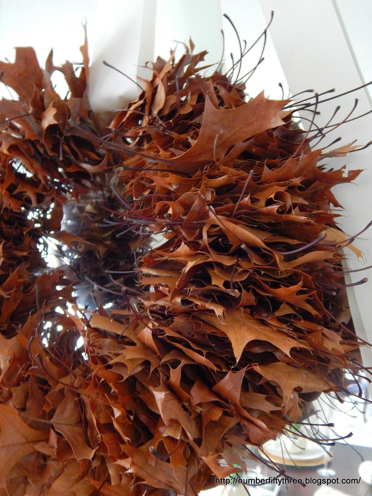 Pretty and natural oak leaf wreath
