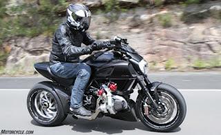 Ducati Diavel Turbo Black Color