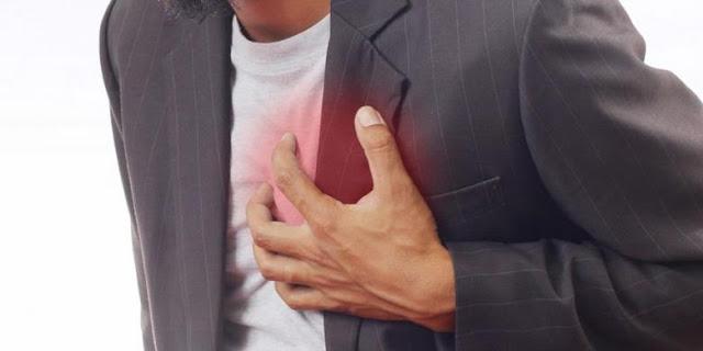 Sering Sakit di Dada Sebelah Kiri? Ini Penyebabnya?