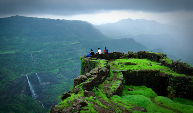Best Places To Visit With Friends - Lonavala And Khandala