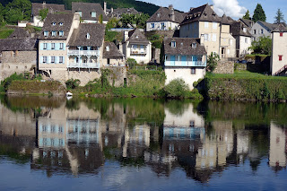 la Dordogne- les quais dArgentat- bed and breakfast