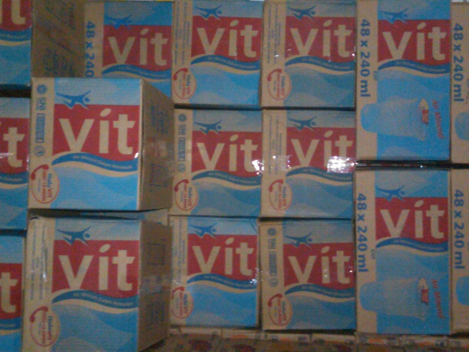 VIT Luncurkan Kembali Merek Air Minum Dalam Kemasan
