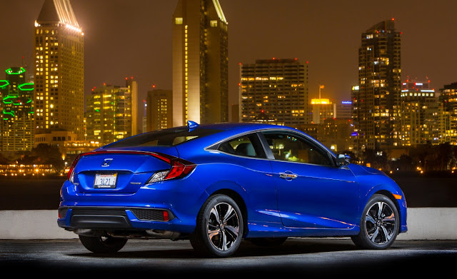 Honda Civic X Coupe vs. Honda Civic X Hatchback 2017