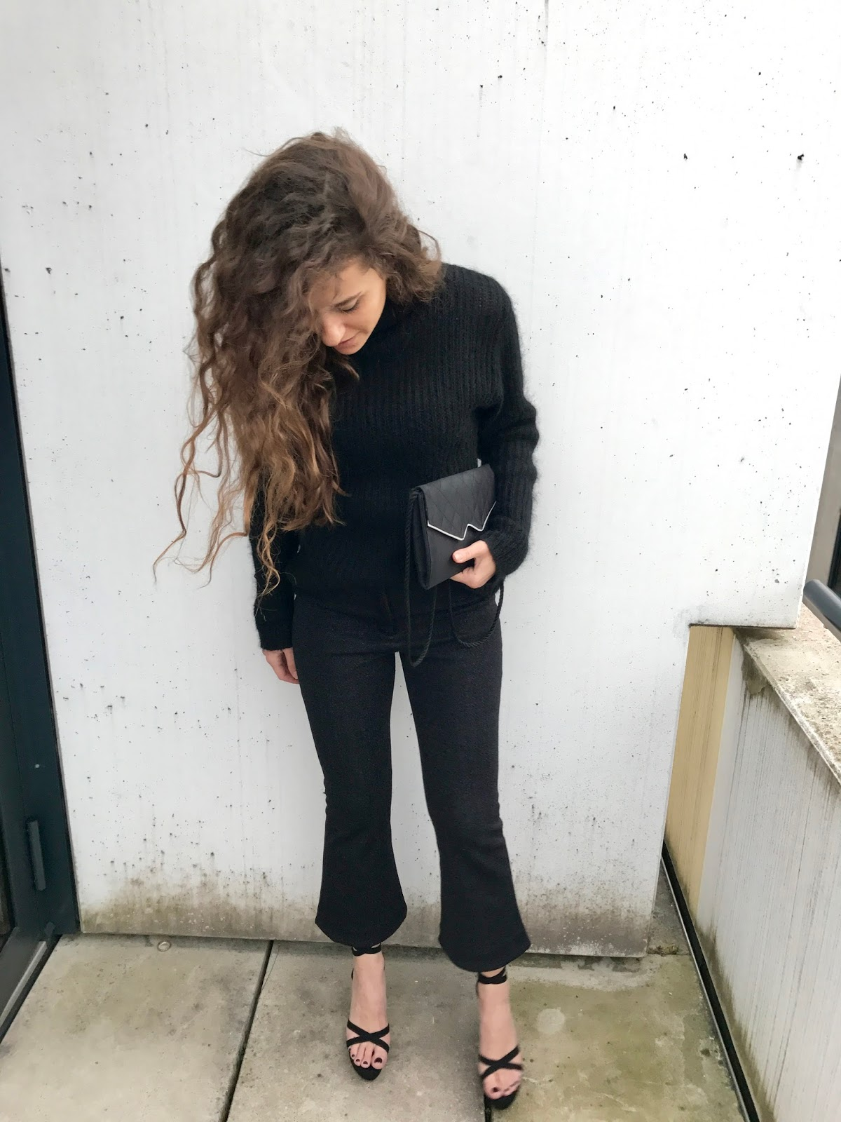 birthday outfit with glittery trousers, glitter mania, glitter trousers, glitter fashion blog, fashion need, fashion blog Italia, Valentina Rago, Valentina Rago fashion need, fashion blogger outfits