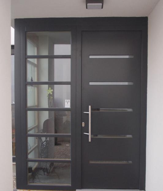 Model dan Desain Pintu Minimalis