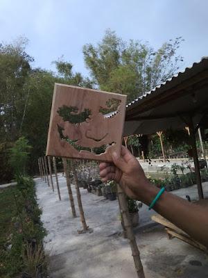 kerajinan foto kayu oleh oleh khas kediri