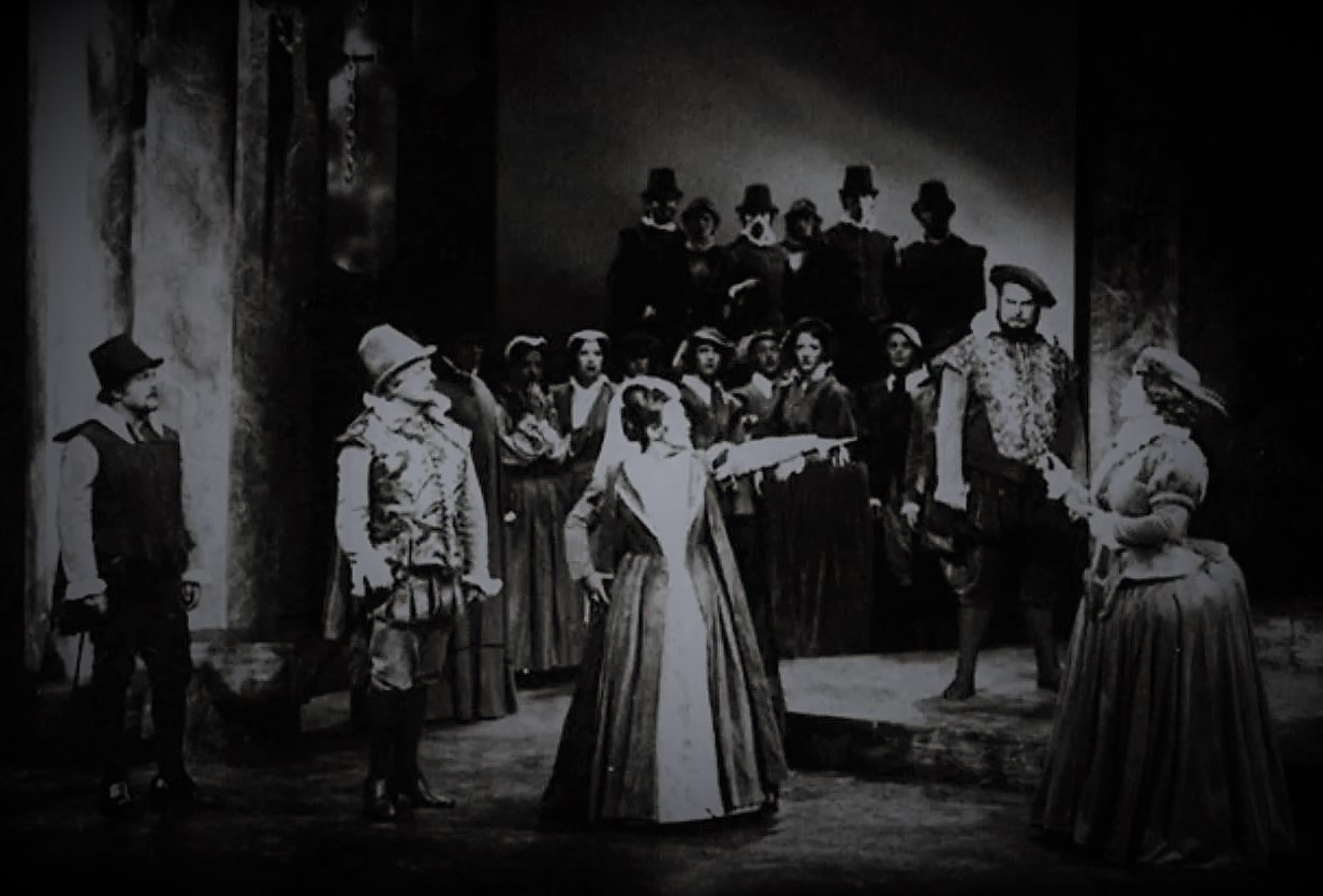 Soprano JUNE BRONHILL (center) in the title rôle of Victoria State Opera's 1976 production of Gaetano Donizetti's MARIA STUARDA [Photograph © by Victoria State Opera]