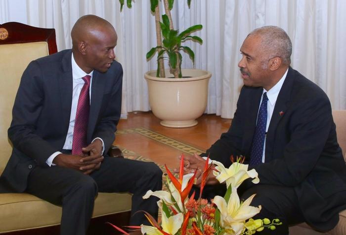 Primer ministro haitiano renuncia tras disturbios