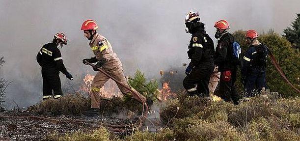 Εξωφρενικές καταγγελίες κάνουν οι ίδιοι οι πυροσβέστες  Έχουμε 14000 πυροσβέστες αλλά μόνο 300 πήγαν στις φωτιές!