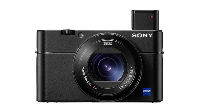 La Sony RX100 V con il mirino retrattile