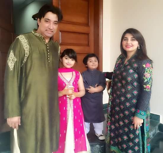 Javeria, Saud with their kids