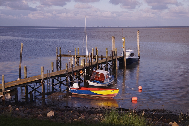 Amrum Deich Steg Nordsee Segelschiffe Wittdün Sommerurlaub