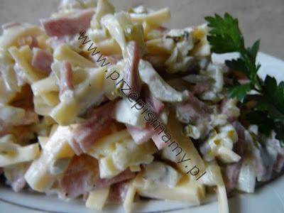 Sałatka z szynki i sera żółtego