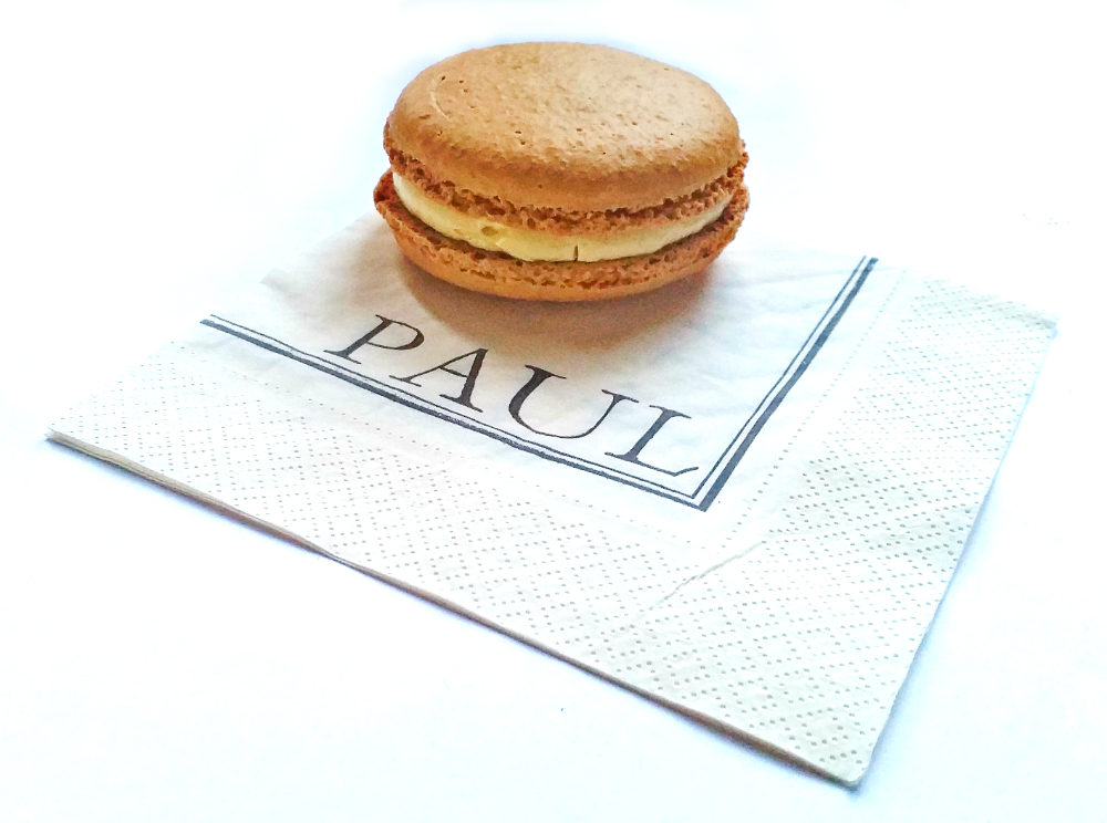 Paul's patisserie - macron
