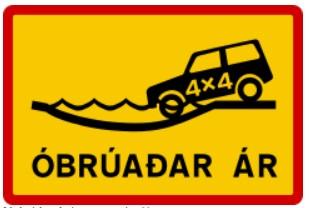 Señal de trafico islandesa para cruzar rios con un 4x4