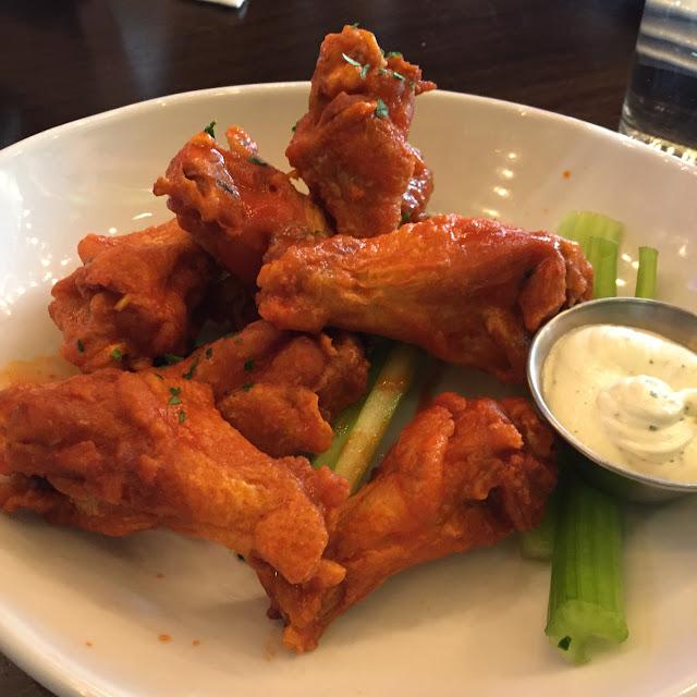 Chicken Wings - Bottled Blonde Chicago