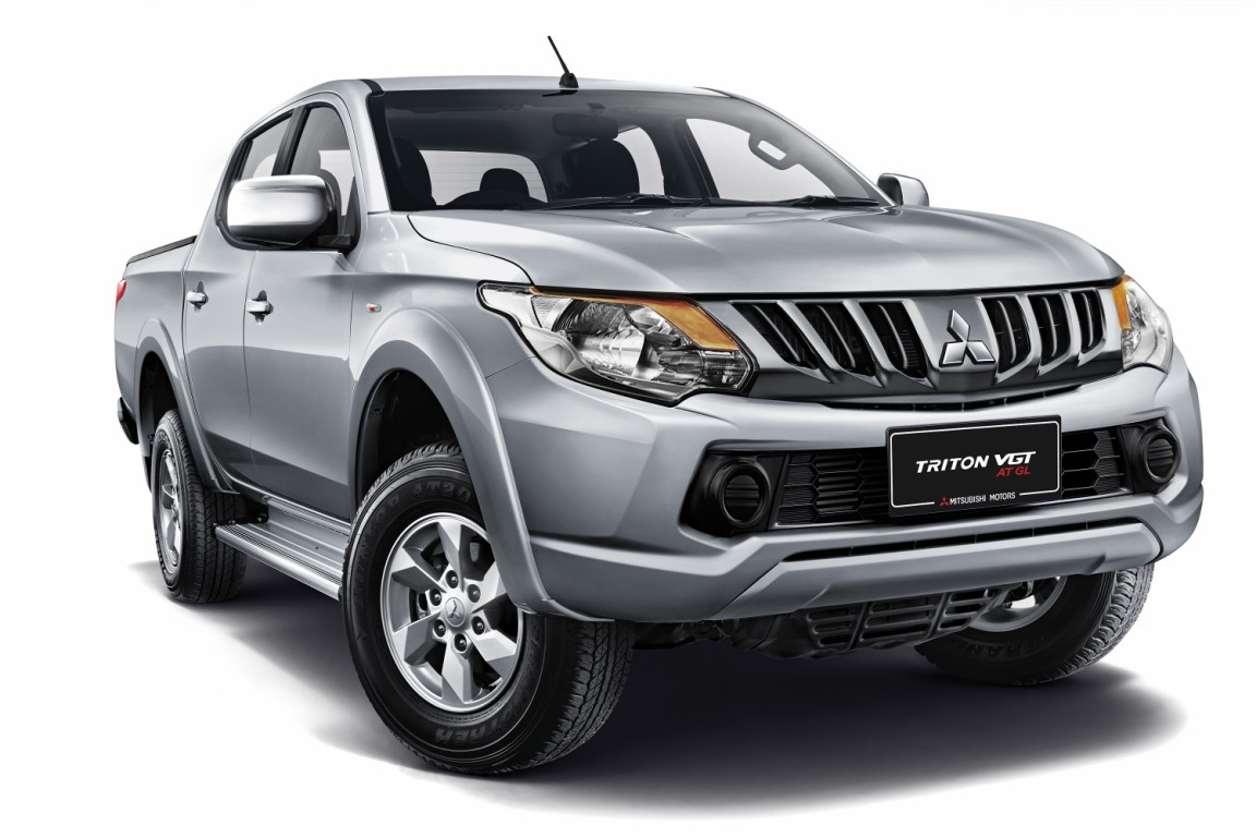 Mitsubishi motors malaysia mmm has launched a new mitsubishi triton pick up truck variant the mitsubishi triton vgt at gl it is priced at rm103 800 00
