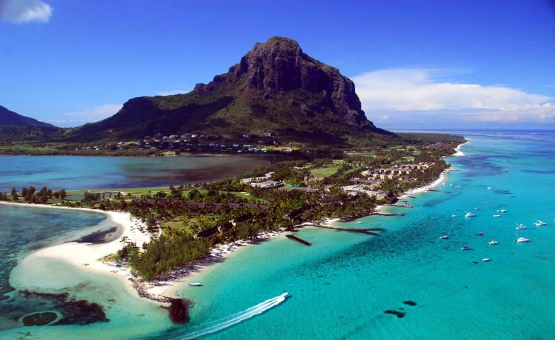10 Best Beaches in Mauritius