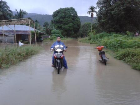 Banjir di Sejumlah kecamatan dan ruas jalan kabupaten pasaman