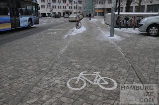 """München - Am Harras - unsichtbarer """"Radweg"""""""