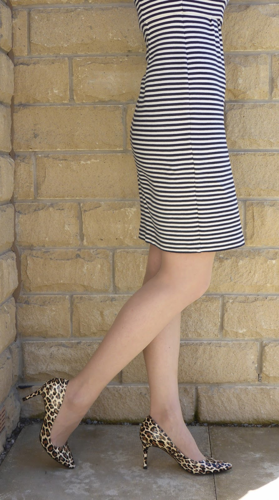 b88116cdb9f5 Outfit: Sixties Style Striped Shift with Leopard Shoes - What Lizzy ...