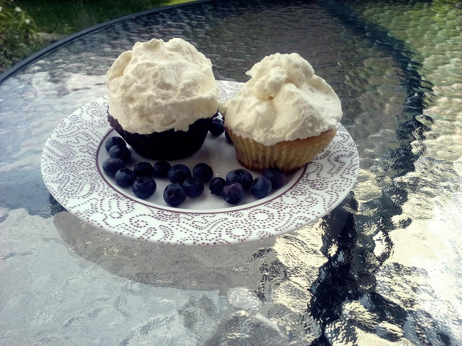 muffiny z malinami, czekoladą i serkiem mascarpone