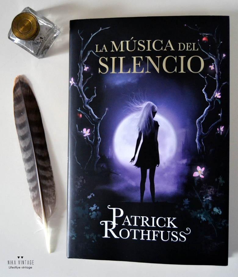 Mundo friki, la musica del silencio, patrick ruthfuss, trilogia, el asesino de reyes, el temor de un hombre sabio, la sombra del viento, libro, auri, nueva seccion, blog