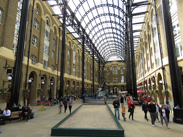 Hay's Galleria, Southwark, London
