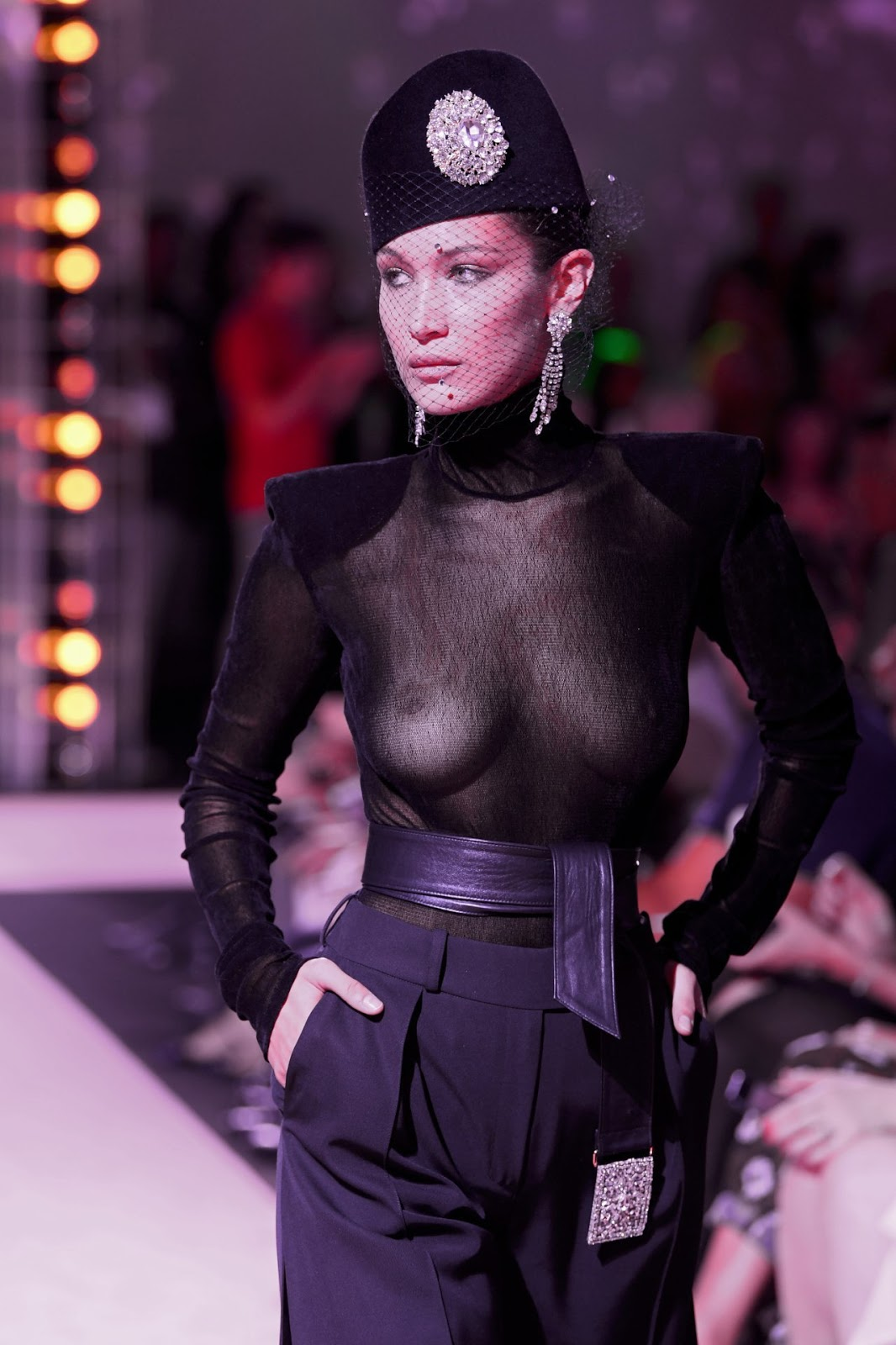 Bella Hadid flashes her nipples on Paris runway