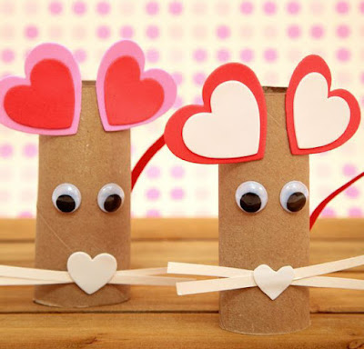 http://nontoygifts.com/paper-roll-heart-mouse-craft-for-kids/